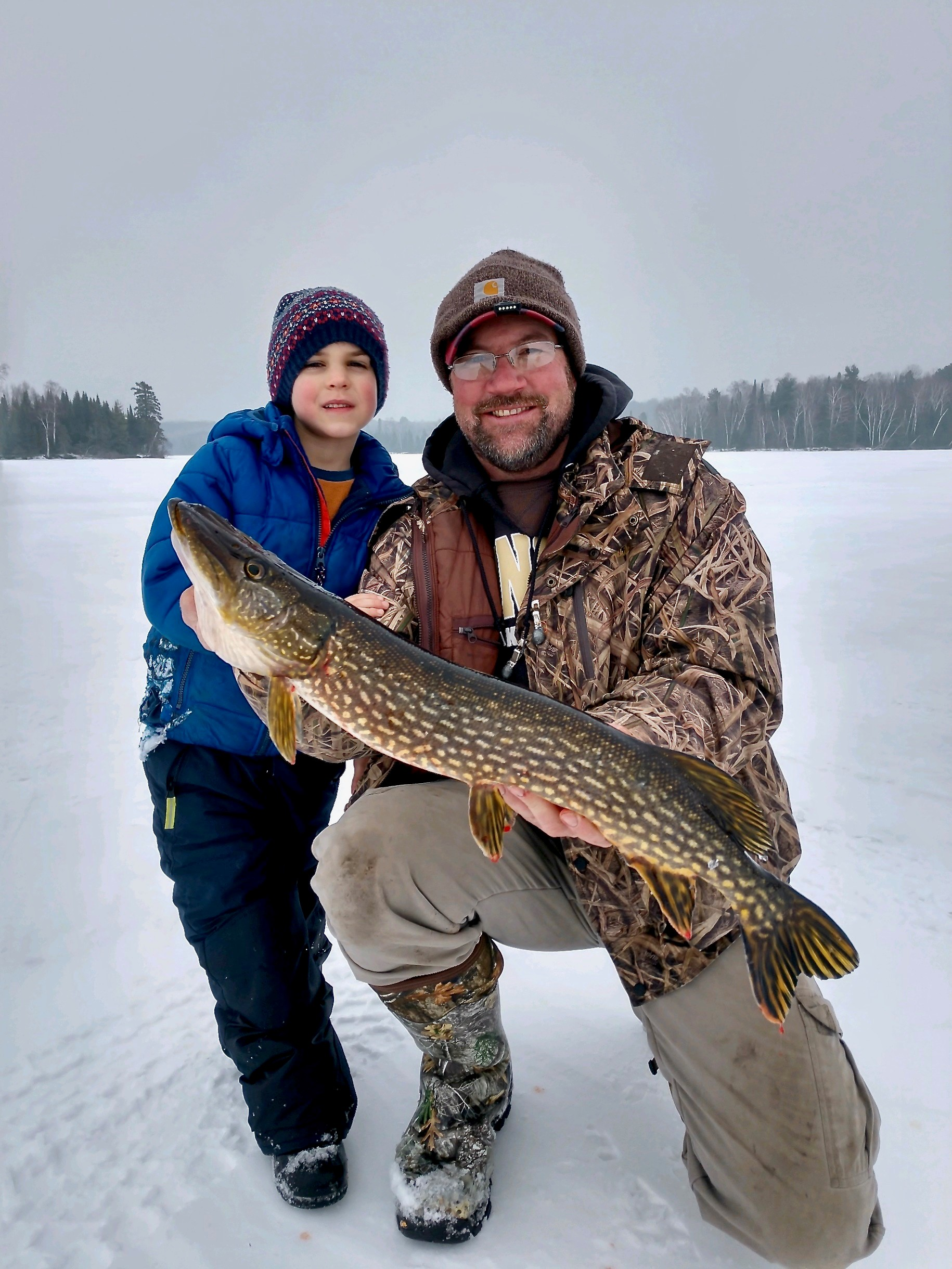 ice-fishing-02
